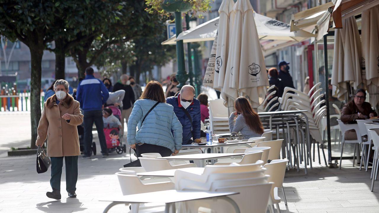 En Ribeira esta mañana se veían mesas vacías