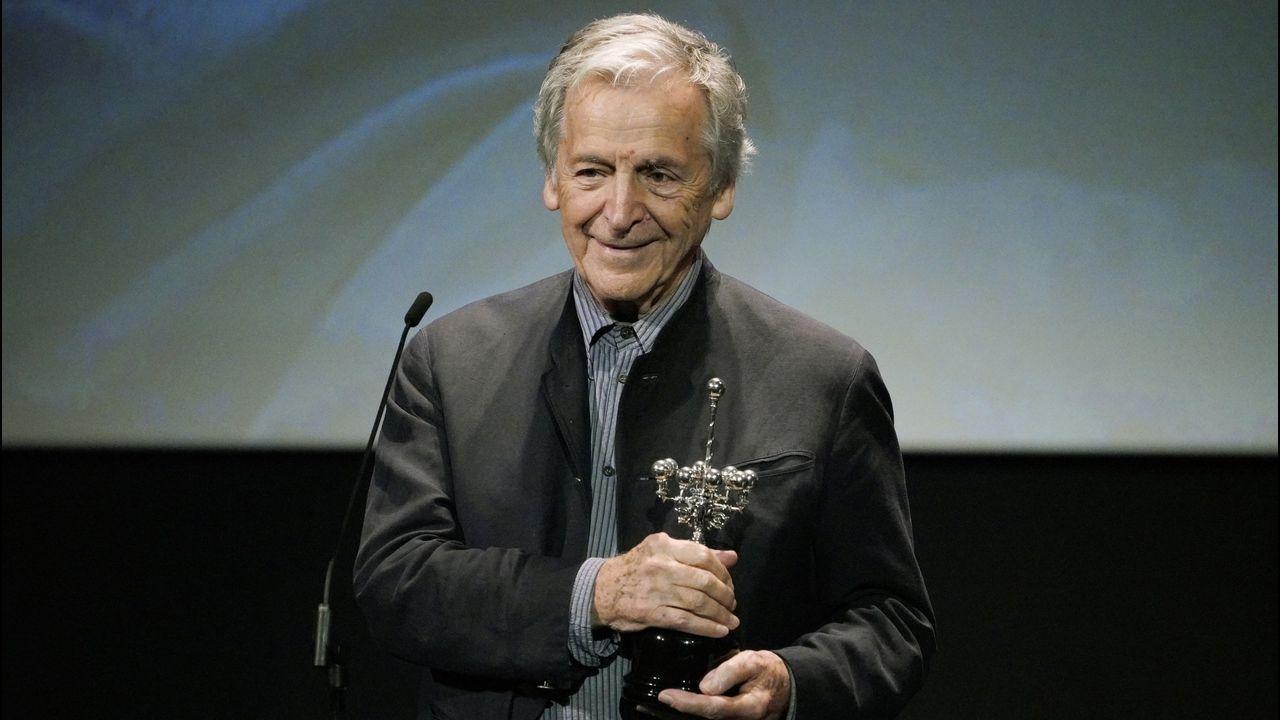 Costa Gavras agradece el premio Donostia en reconocimiento a su carrera que le fue entregado este fin de semana en San Sebastián