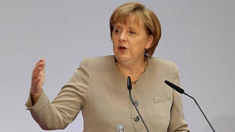 García Margallo: «No he creído nunca que España necesite un rescate».Merkel, de vacaciones, firmó ayer autógrafos en la inauguración del festival de Bayreuth.
