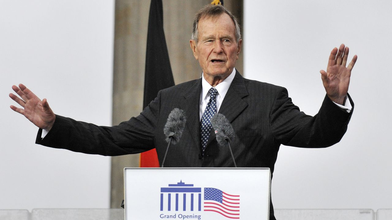 La vida de George H. W. Bush, en imágenes.Bush selló con Gorbachov el fin de la Guerra Fría