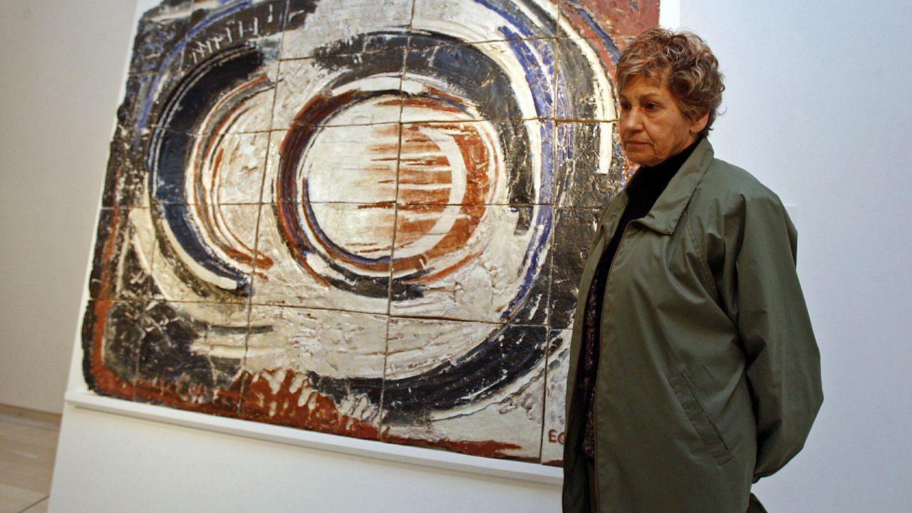Elena Colmeiro, en una exposición que le dedicó el Museo Provincial de Pontevedra