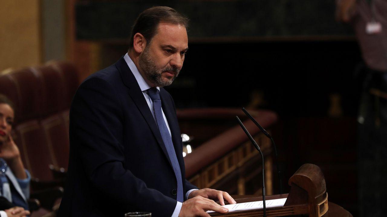 El secretario de Organización del PSOE, José Luis Ábalos, ha arrancado su intervención leyendo partes de la sentencia de la Gürtel.