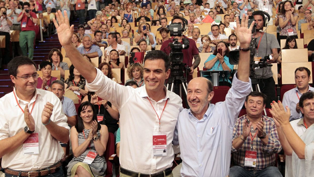 Sánchez y Rubalcaba en el congreso del 2014 en el que el primero fue elegido secretario general del PSOE