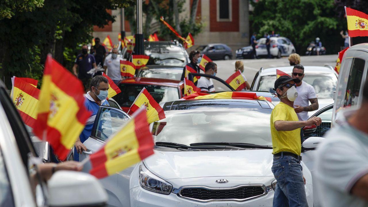 Iglesias: «A Vox le gustaría dar un golpe de estado, pero no se atreven».Grande Marlaska, durante el pleno de sesión de control al Gobierno del miércoles