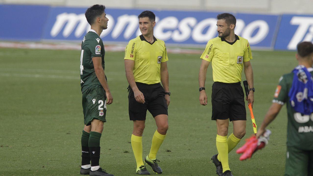 Santos, en un partido de la pasada temporada con el Deportivo