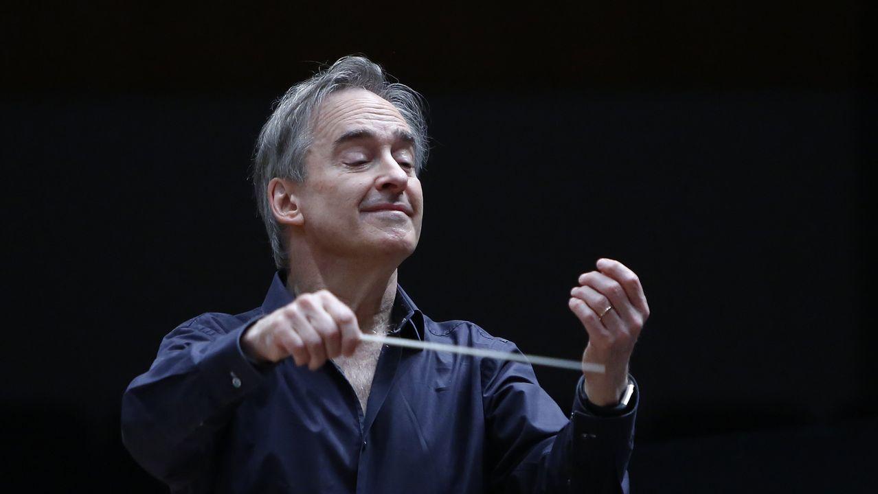 James Conlon, durante un ensayo con la Orquesta Sinfónica de Galicia