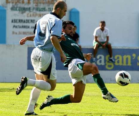 El celeste Álvaro envió un balón al palo a tres minutos del final.