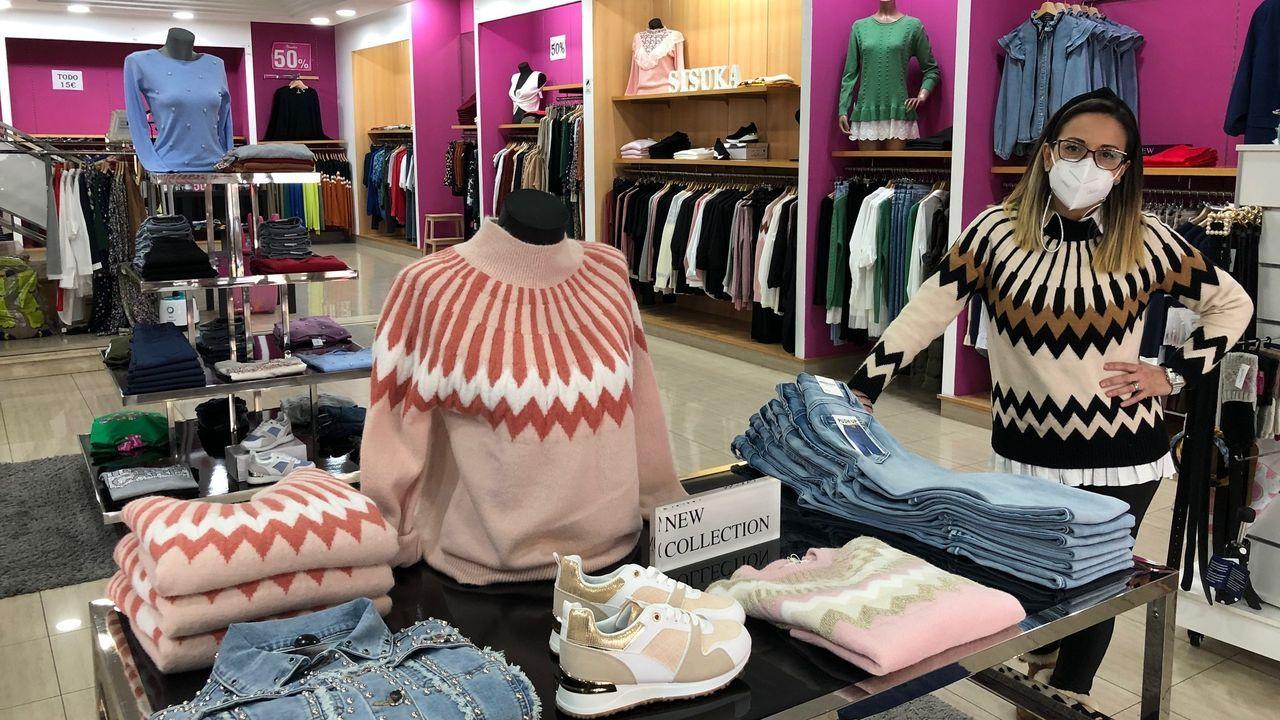El centro comercial Odeón recuperó el bullicio en la primera jornada de la desescalada