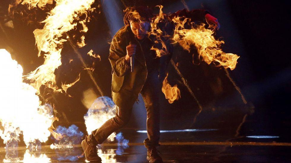 The Weeknd interpreta «Can't Feel My Face»