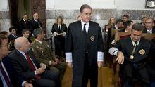 Castroverde pasa ante el delegado del Gobierno y el presidente de la Xunta poco antes de abrir el año judicial en Galicia