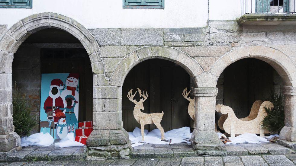 NAVIDAD EN CELANOVA.En Ribadavia hay alumbrado y también decoración navideña