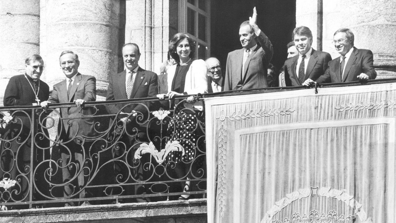 En 1991 en el balcón de Raxoi, en Santiago de Compostela
