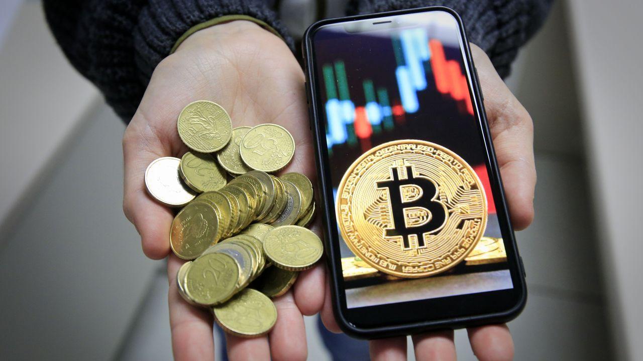 El bitcoin es la moneda virtual más cara, ya que fue la primera
