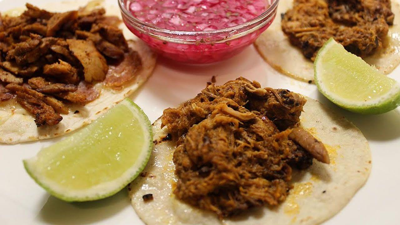 Tacos de cochinita del restaurante Chac Mool, de Nigrán