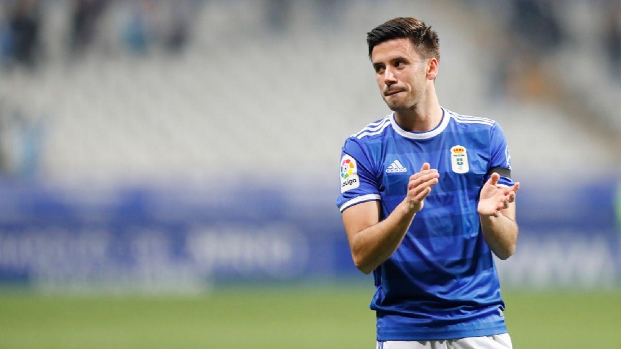 Javi Munoz Real Oviedo Alcorcón Carlos Tartiere.Javi Muñoz celebra la victoria ante el Alcorcón