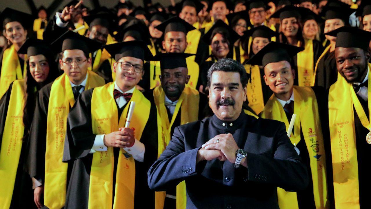 El concierto «Aid Live» reúne a miles de venezolanos en la frontera con Colombia.Washington promete que Nicolás Maduro no será procesado ni perseguido