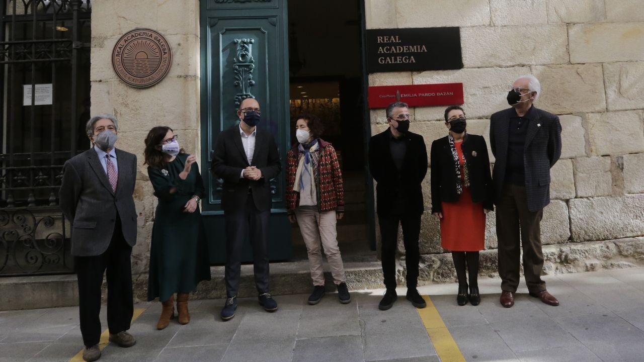 Protesta de los barcos de bajura en el puerto de A Coruña.Trabajadores de López Cao levantan un prototipo de vivienda con tabiques prefabricados de hormigón ligero desarrollados en una investigación alentada por la constructora con Naos Arquitectura y GalaiControl, en colaboración con el gCons de la escuela de Enxeñaría de Camiños de la UDC