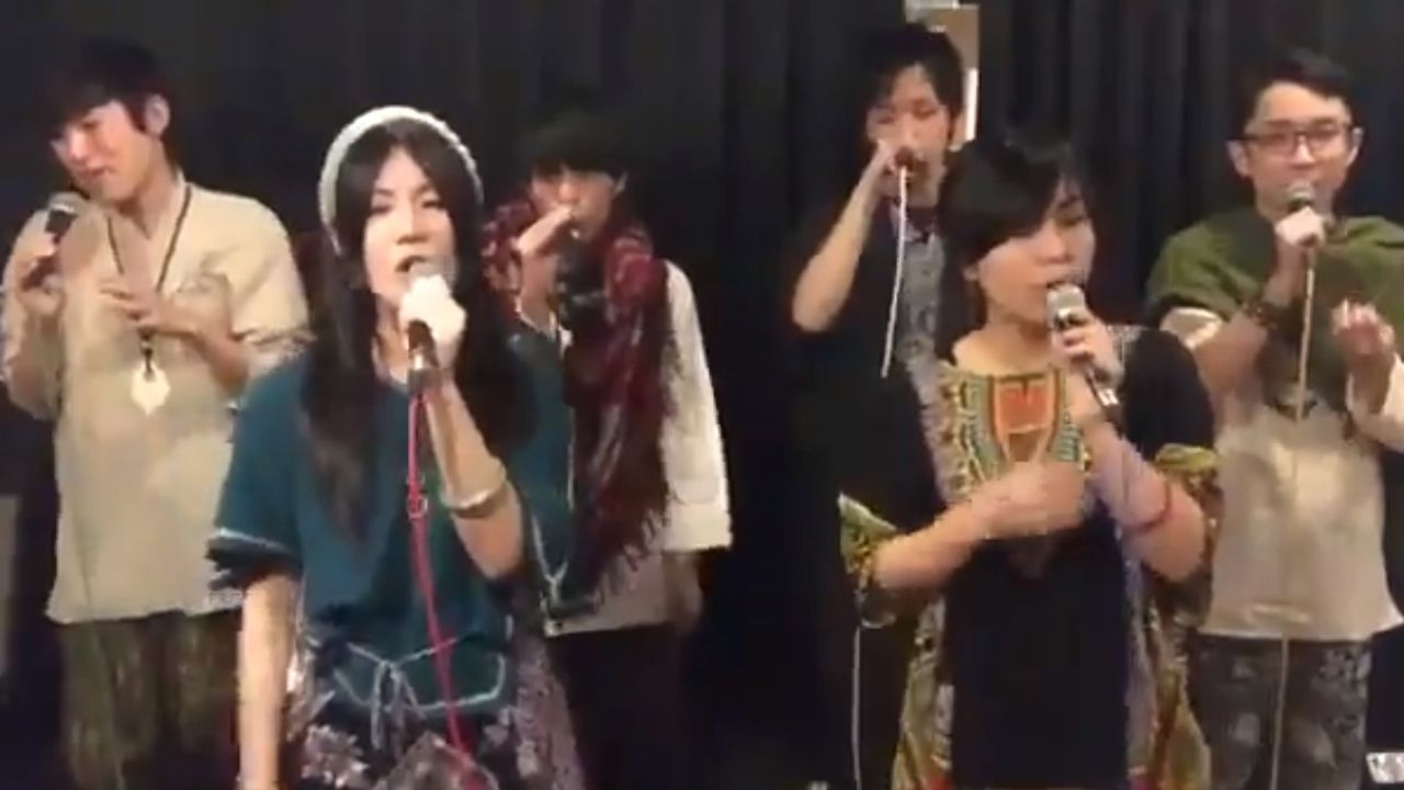 Un grupo japonés versiona Ribaseyana, de Corquiéu.Accidente de tráfico en Fríes, en Ribadesella