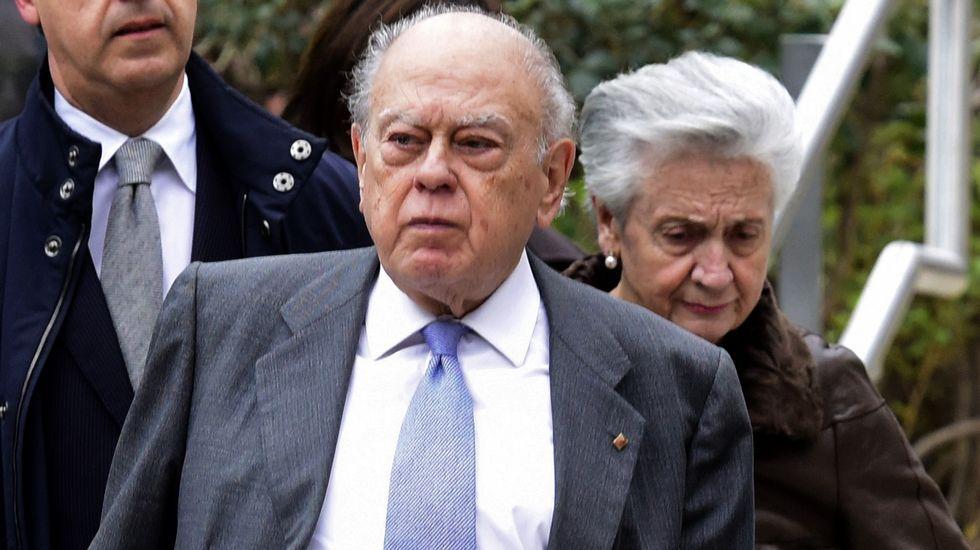 De la Mata imputa a la mujer de Oriol Pujol, Anna Vidal.Jordi Pujol y su mujer, Marta Ferrusola