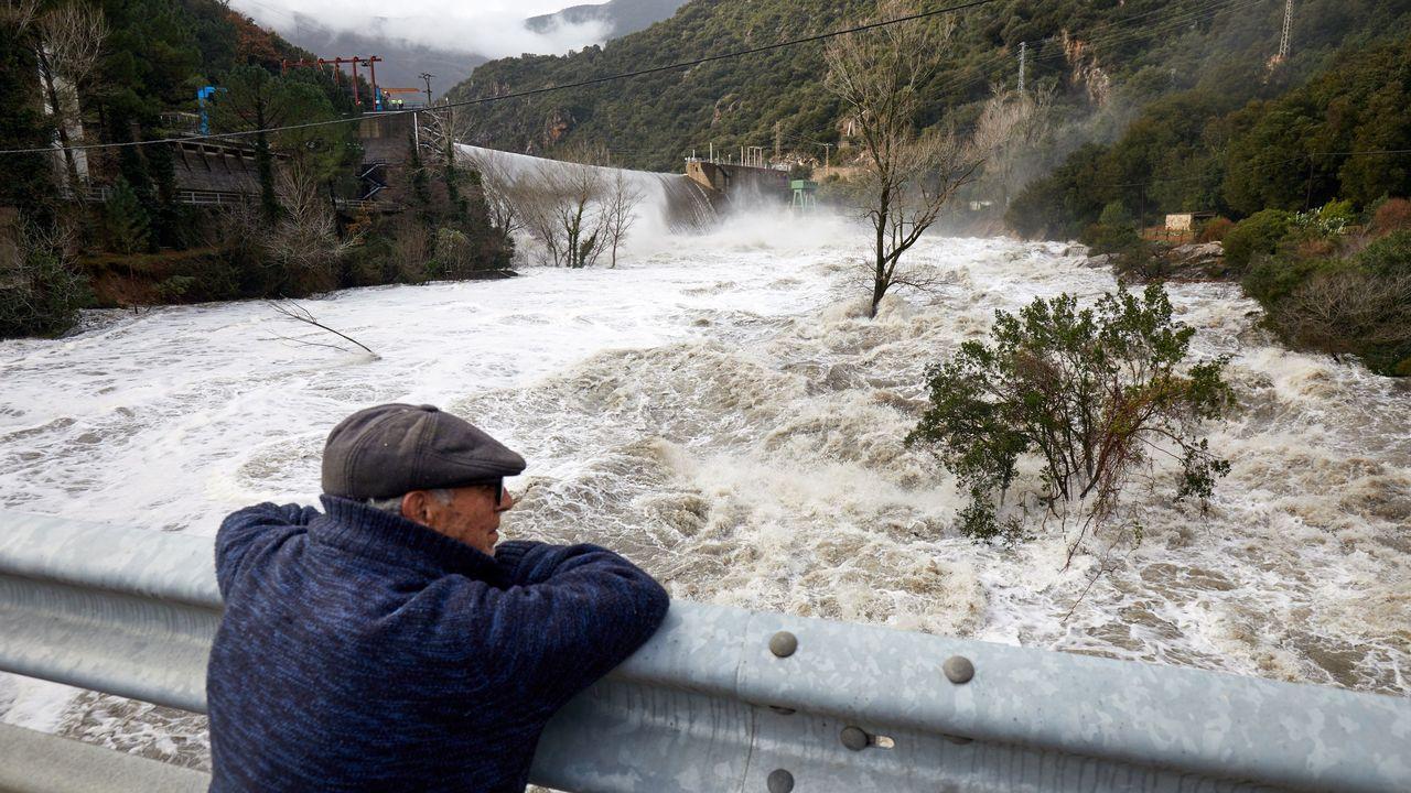 El río Ter, a su paso por la presa del Pasteral en el municipio de La Cellera de Ter (Gerona)