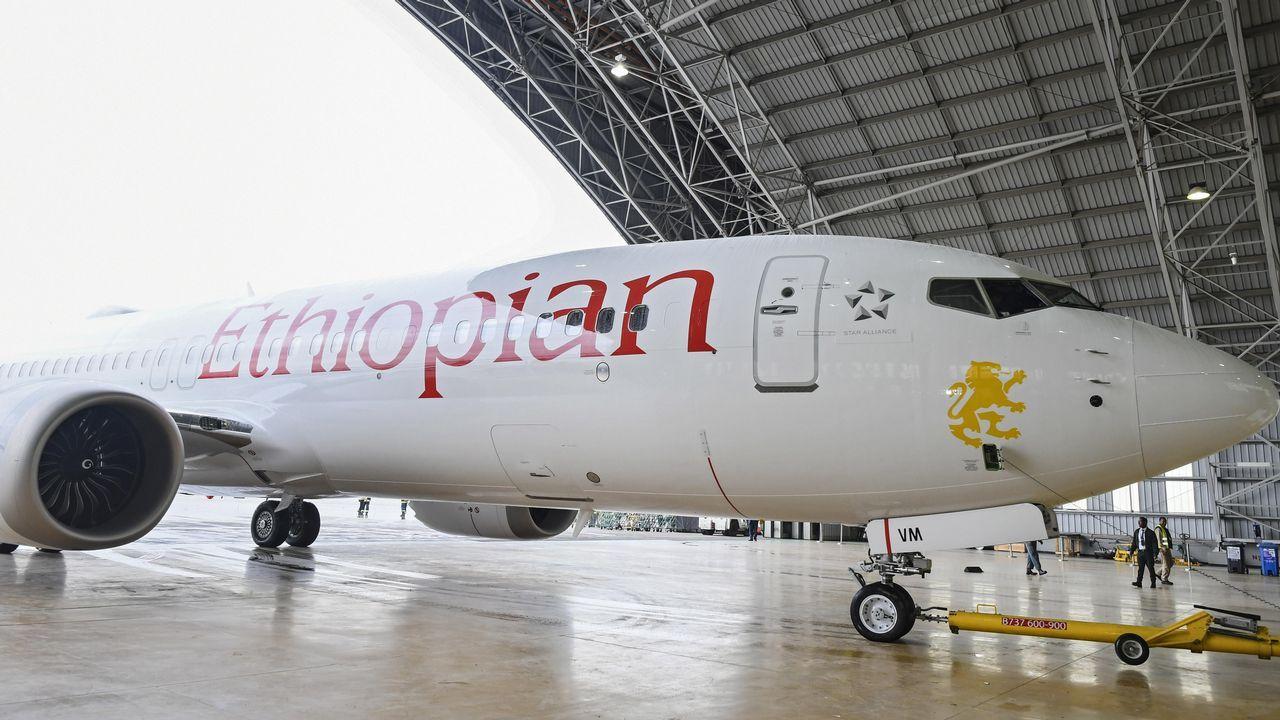 Presentación de un avión idéntico al accidentado en el Bole International Airport de Adís Abeba, Ethiopia