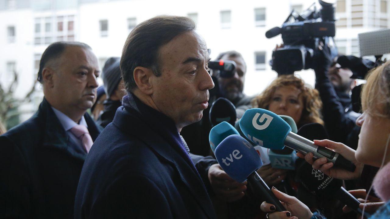 El abogado de la familia Quer atiende a los medios antes de la quinta jornada del juicio
