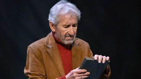 José Sacristán protagoniza «Señora de rojo sobre fondo gris»