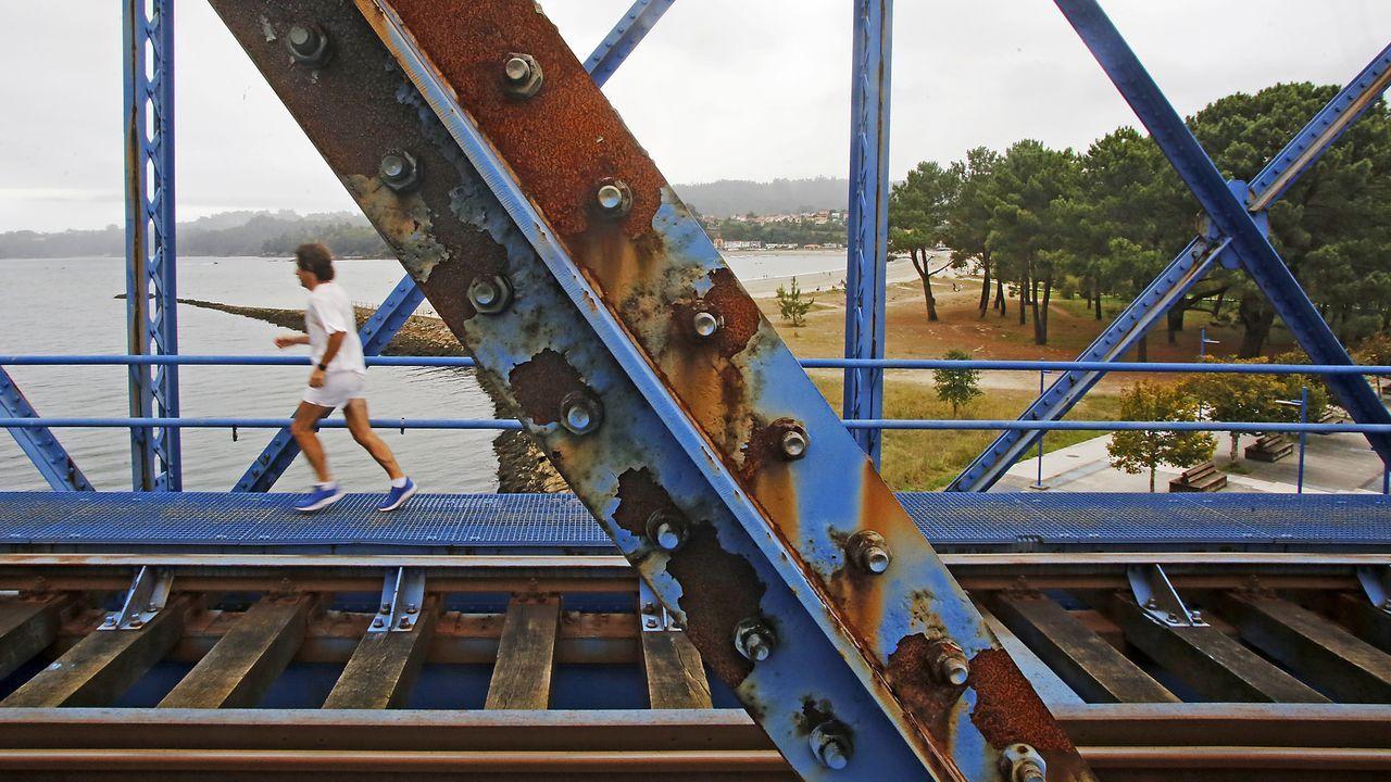 Corrosión en el puente metálico ferroviario de Pontedeume
