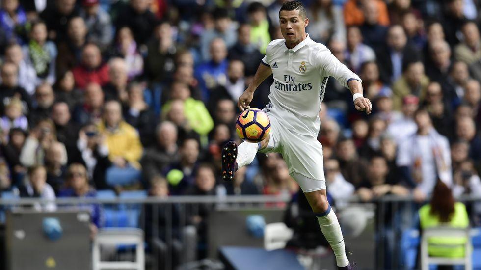 <br />Cristiano Ronaldo, blanco hasta 2021.Peregrinos en el albergue de O Cebreiro