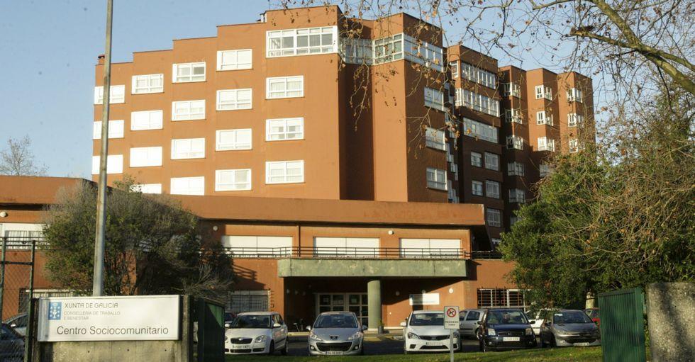 Imagen de archivo del exterior de la residencia de mayores de Caranza.