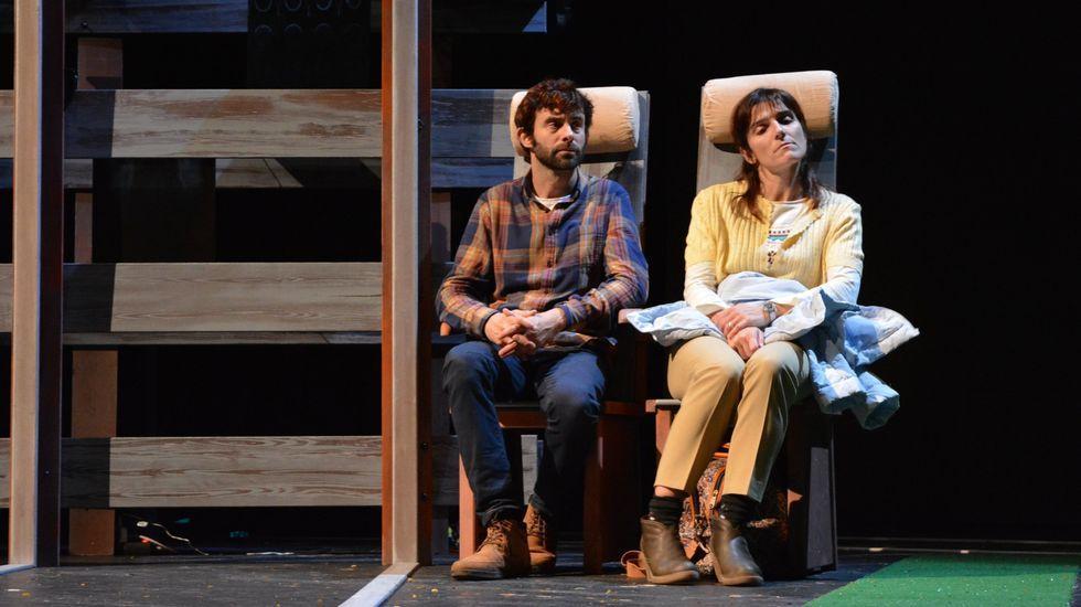 Os Náufragos Teatro actúa en el Gustavo Freire