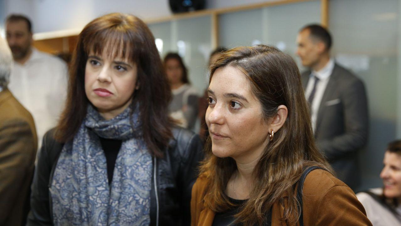Inés Rey (derecha) y Eva Martínez Acón, durante un acto en Ecos do Sur en el 2019.