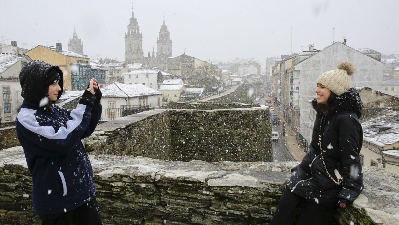 La Muralla se cubrió de nieve