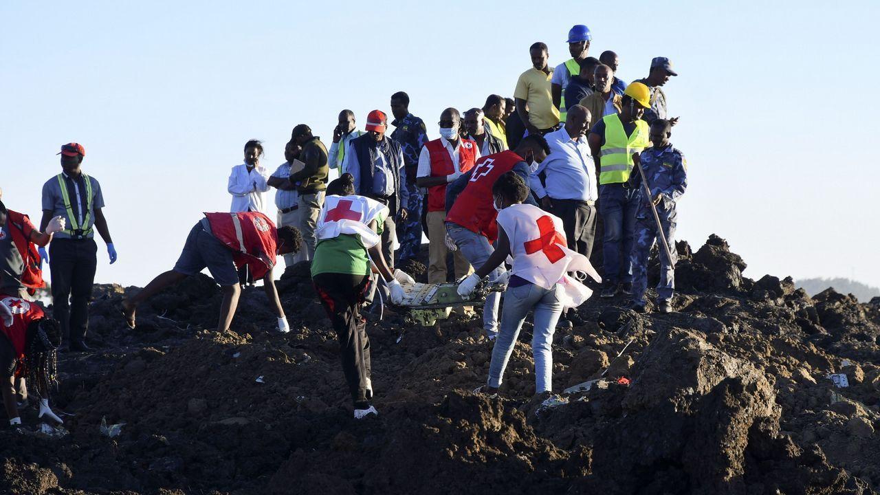 La aeronave se estrelló en la zona de Hejeri, cerca de la localidad de Bishoftu, situada a unos 42 kilómetros al sudeste de Adís Abeba y sede de la mayor base de la Fuerza Aérea de Etiopía