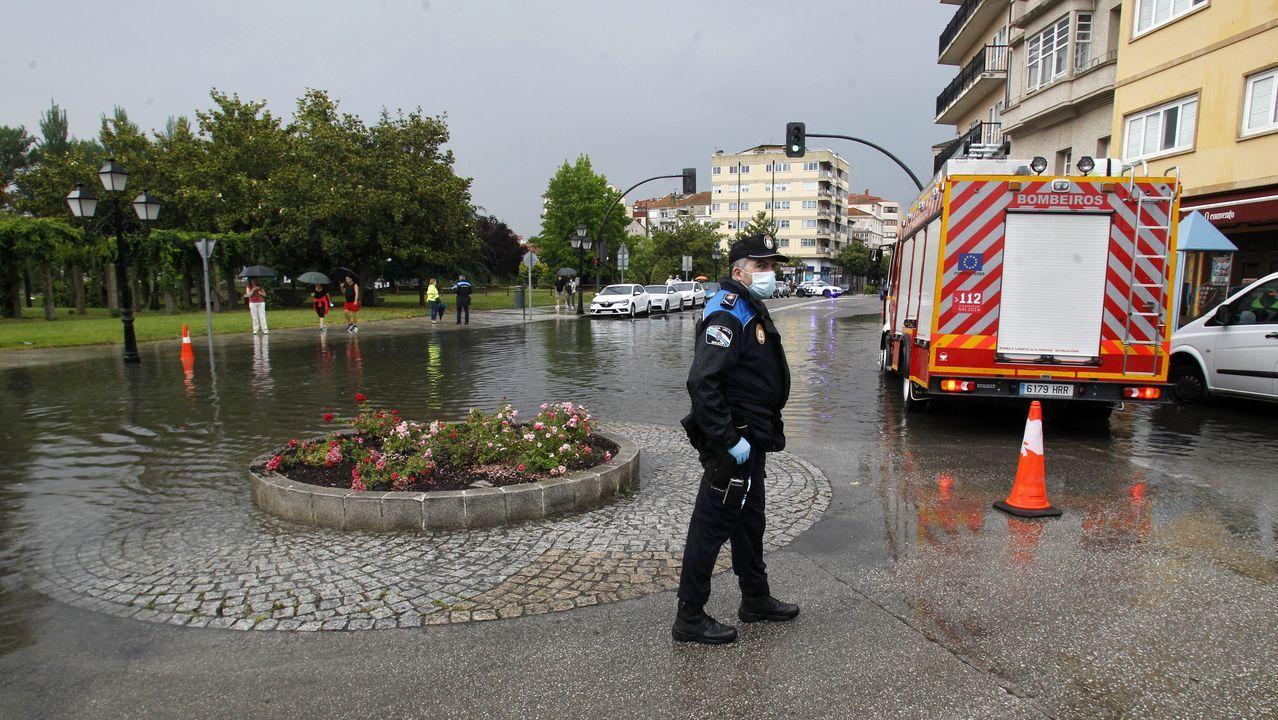 El paso de la calle Cardenal a la Compañía estuvo cortado por la Policía Local cerca de una hora