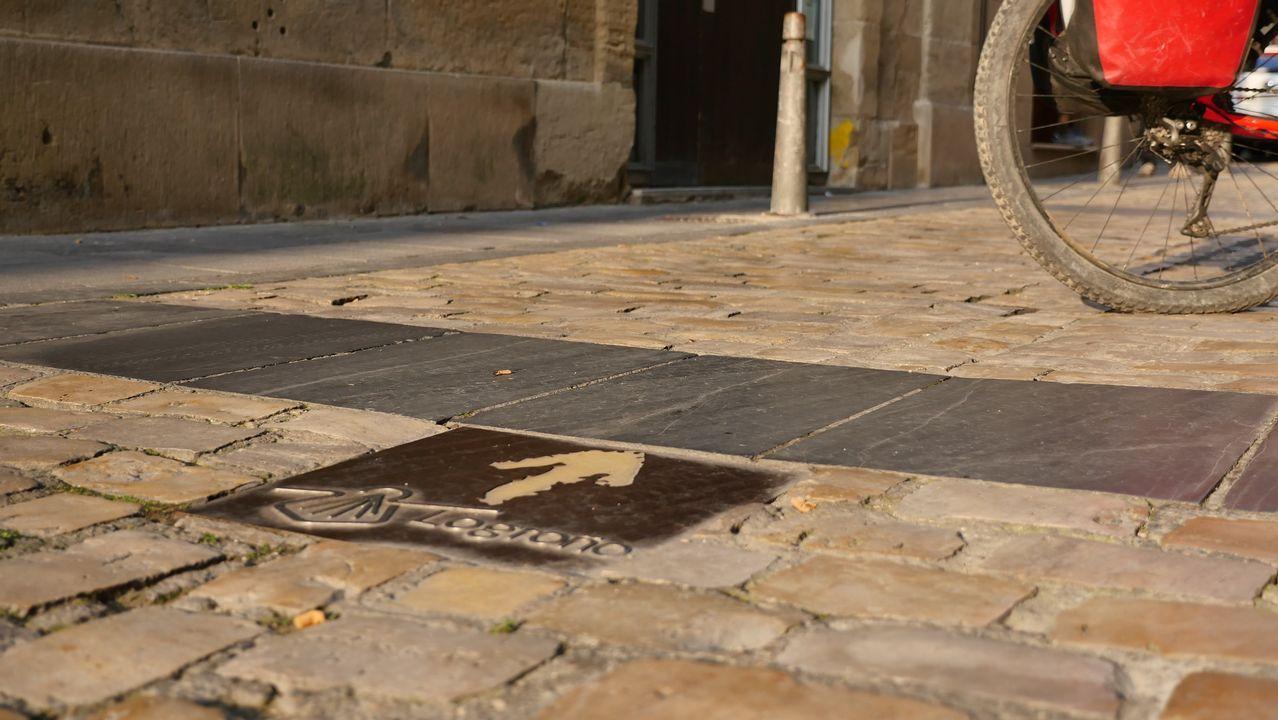 Una flecha nos indica la dirección en la que debemos continuar nuestra ruta desde Logroño