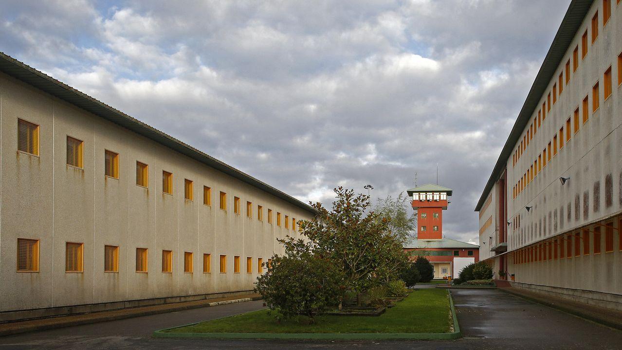 rectores.Uno de los patios de la cárcel de Teixeiro