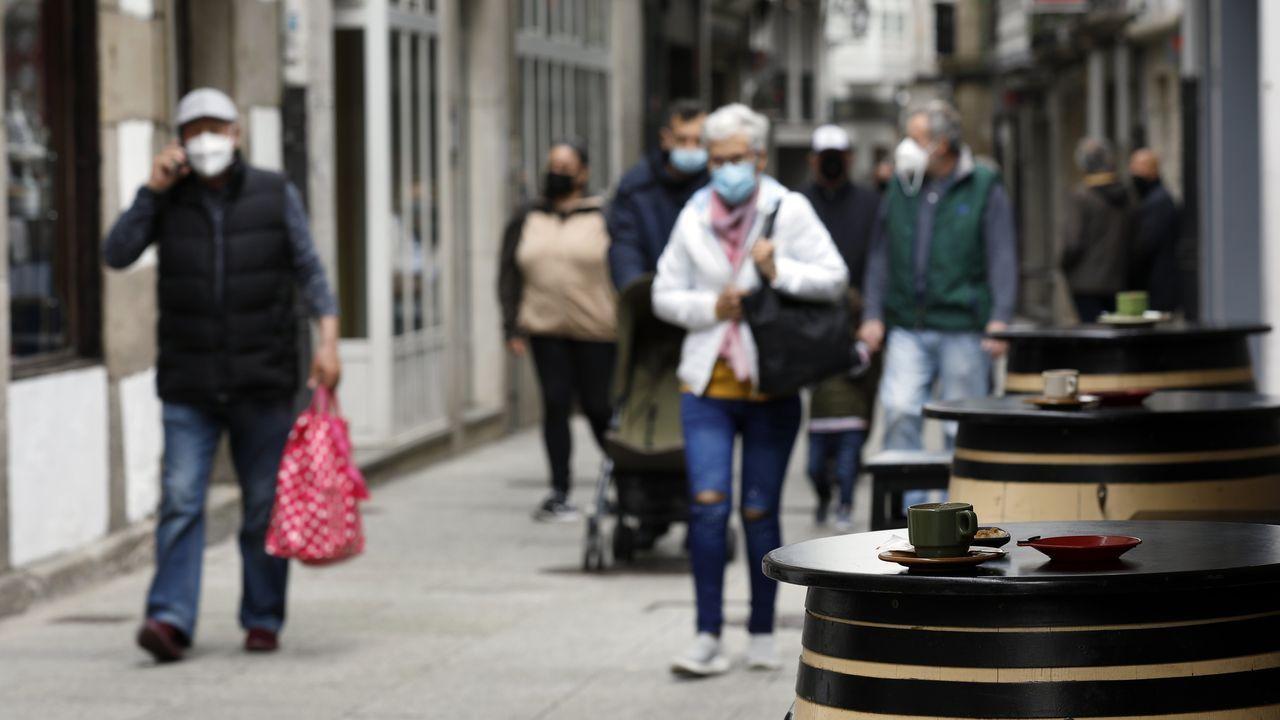 Manifestación hostelería n Viveiro.La hostelería de Viveiro funciona solo en terraza (aforo del 50%) desde el pasado sábado