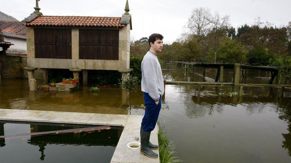 Desbordamiento del río Umia en Pontearnelas, en Pontevedra.