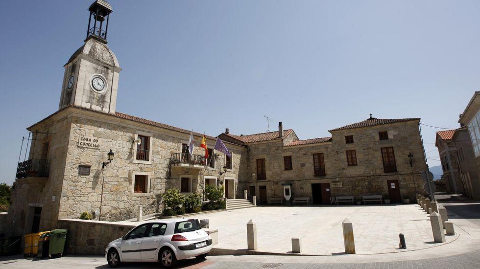 Sede del Ayuntamiento de Pantón en Ferreira