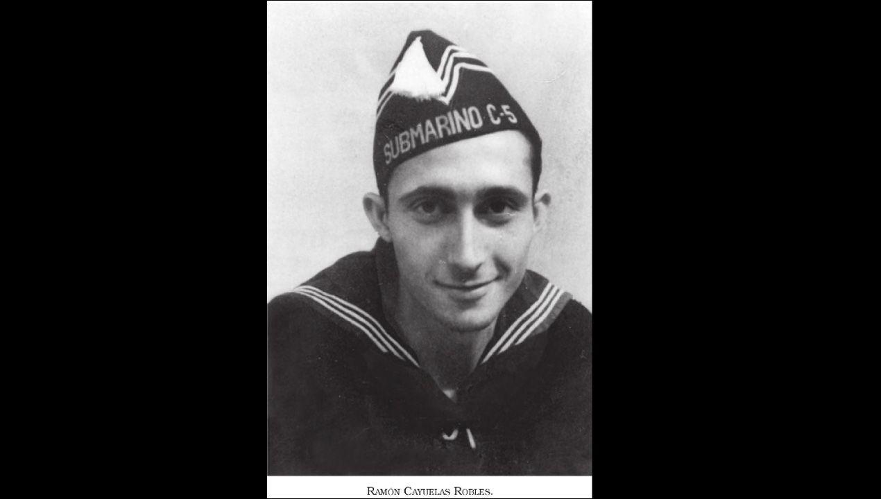 El marinero Ramón Cayuelas, miembro de la tripulación del submarino republicano C-5, hundido durante la Guerra Civil frente a la costa asturiana. Cayuelas sobrevivió a dos naufragios