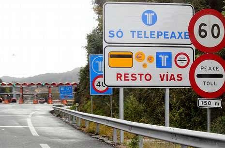 El peaje de Vilaboa, en una imagen de ayer, es uno de los más caros de toda la AP-9.