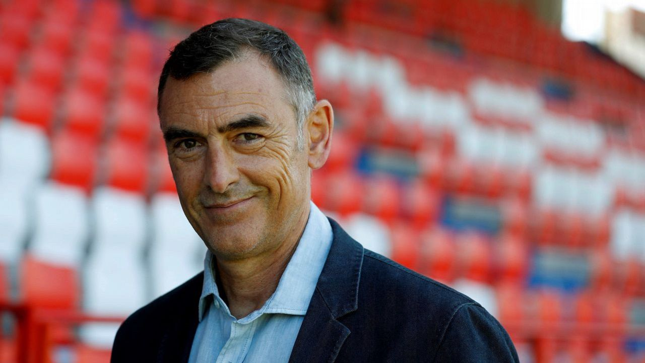 Toche Real Oviedo Extremadura Carlos Tartiere.Javi López