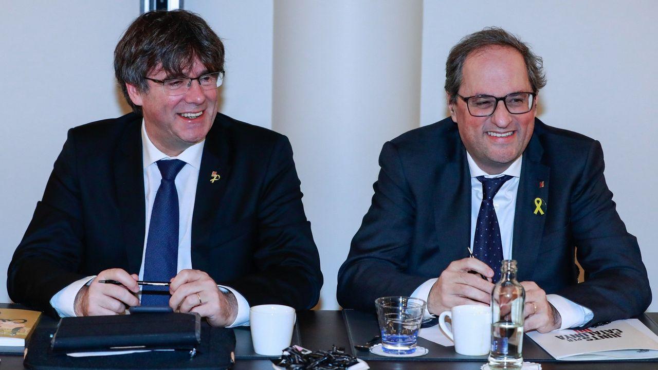 | EFE.Puigdemont y Torra tienen previsto intervenir en el Parlamento Europeo el próximo día 18 de febrero invitados por los ultranacionalistas flamencos y un exministro esloveno