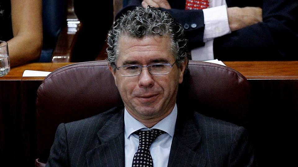 Aguirre: «Hace 3 años que perdí la confianza en Granados».Una de las últimas fotografías en las que los duques de Palma comparten con el resto de la familia real protagonismo en un acto oficial.