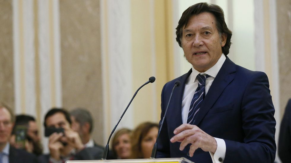 Sofía Castañón recita a Marcos Ana en la Comisión de Cultura del Congreso