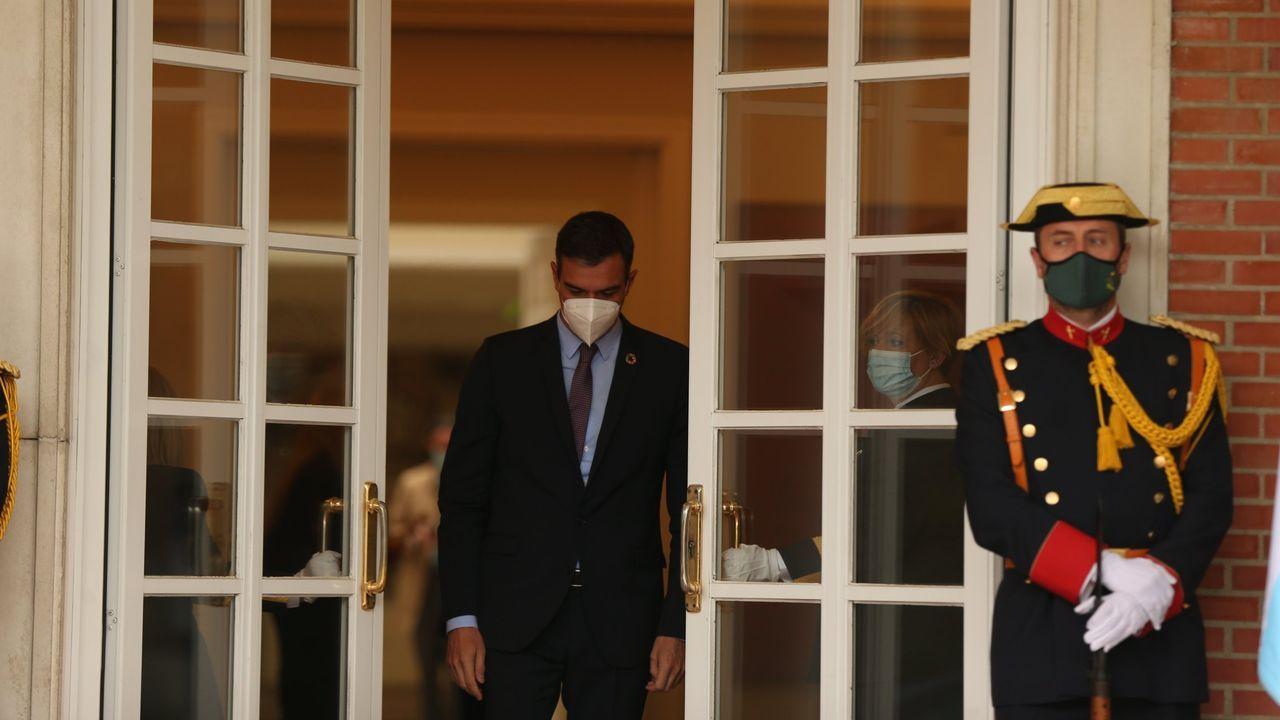 Pere Aragonès y Jordi Sánchez, tras firmar el acuerdo para un Gobierno de coalición en la Generalitat