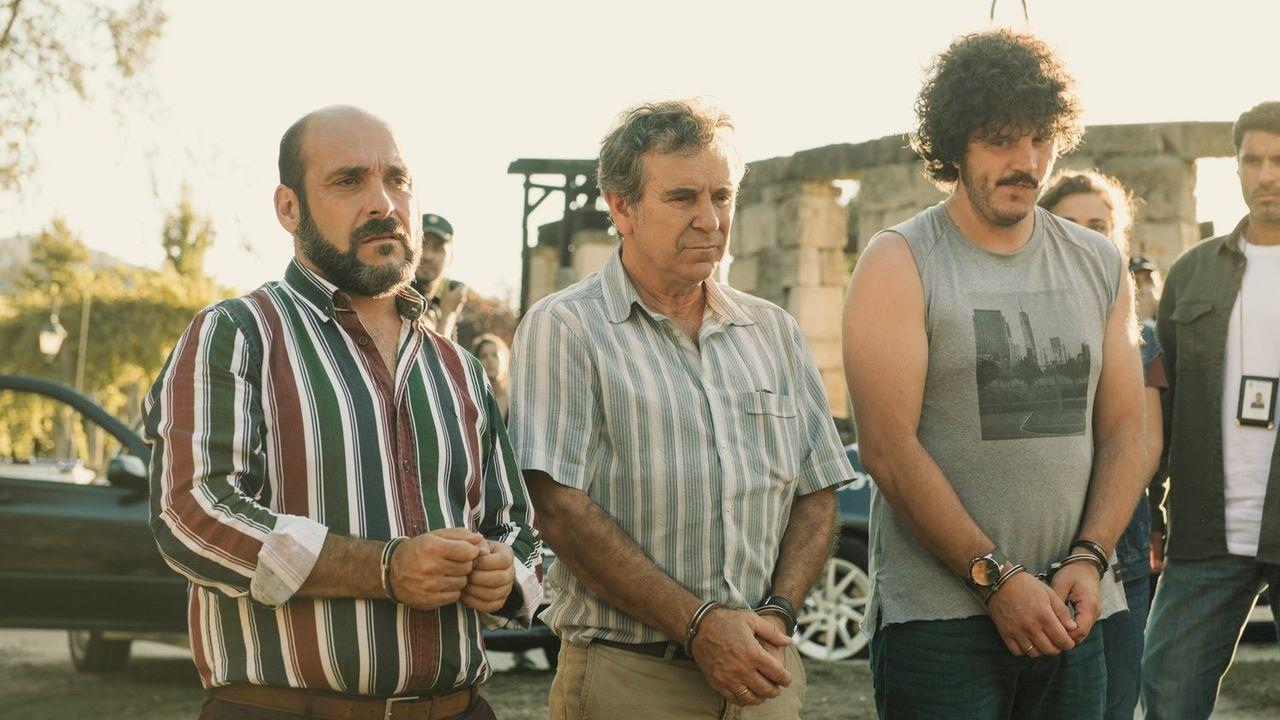 Brais Guitián está al frente de O bambán dos sorrisos, en la rúa Academia Dequidt en O Barco