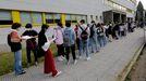 Alumnos a punto de entrar en la selectividad en la escuela de Caminos de A Coruña