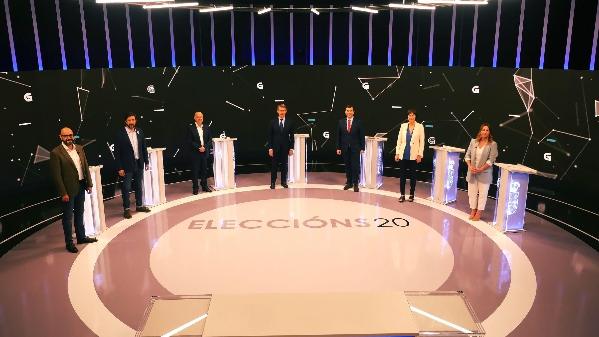 Los candidatos a la presidencia de la Xunta, antes de comenzar el debate